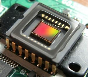 Чем матрица CCD отличается от матрицы CMOS?